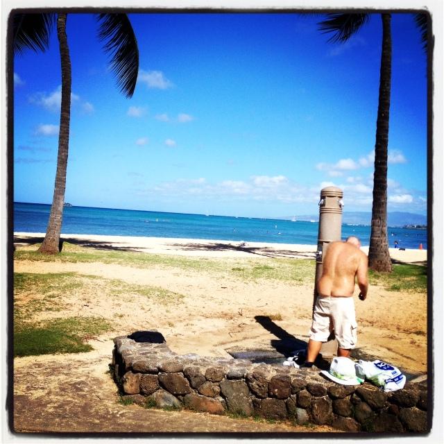 Plumber's crack near Waikiki.